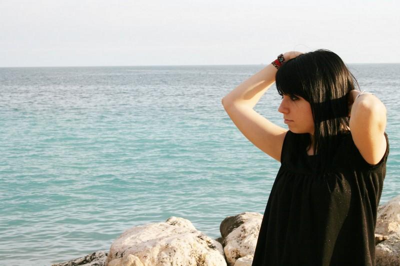 Katia au bord de la mer
