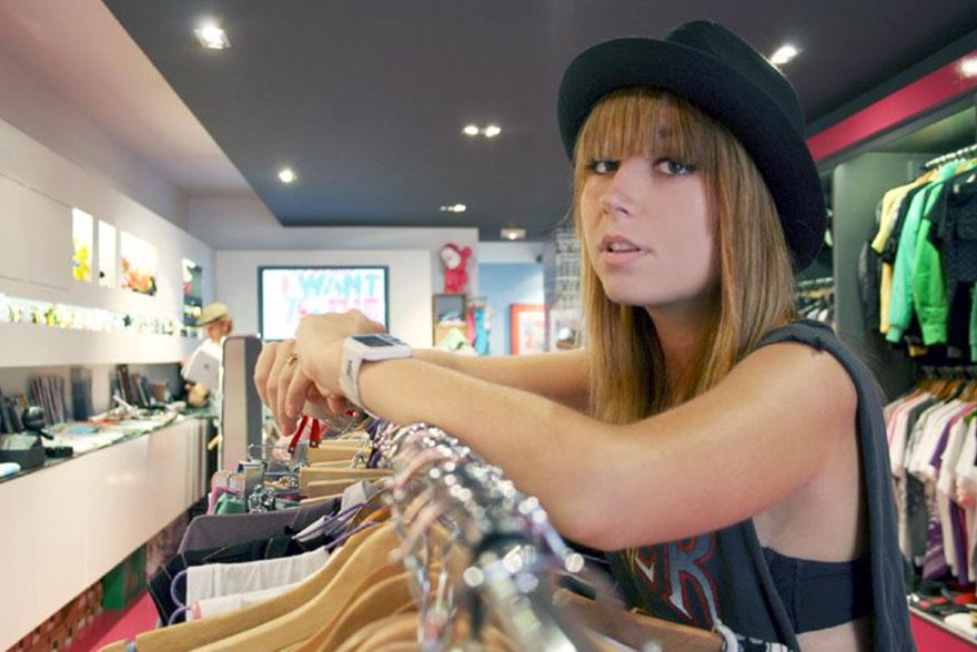 Débardeur noir chapeau noir Katia