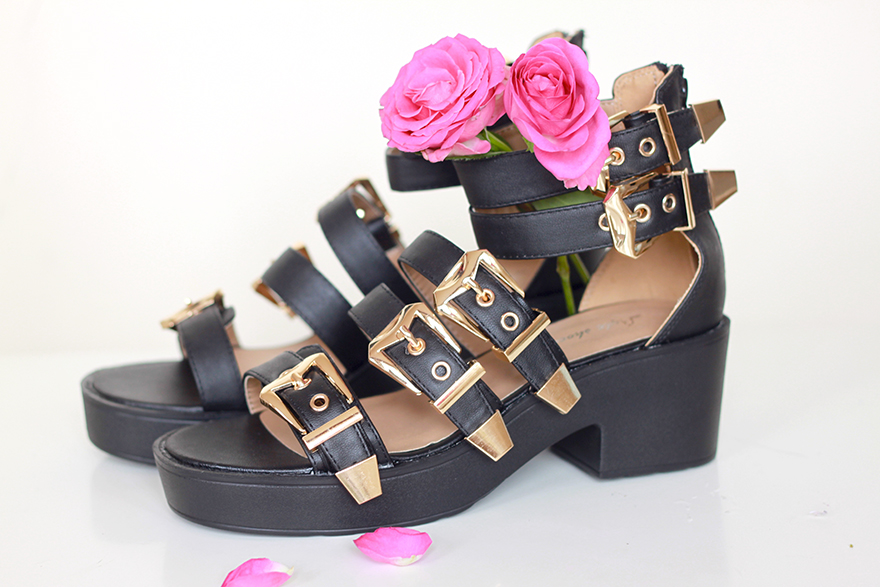 sandales boucles ark