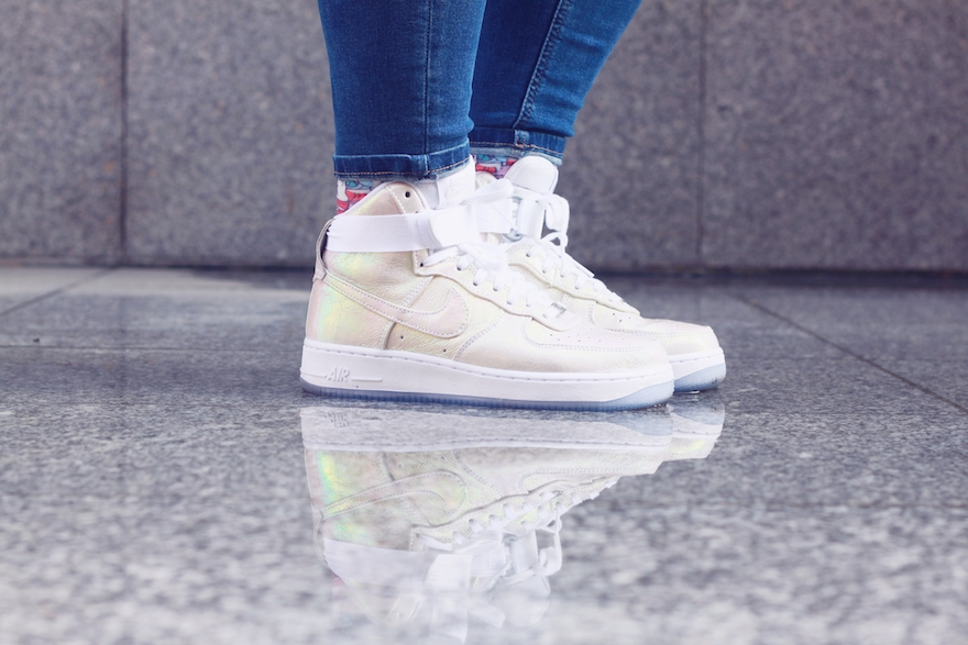 nike iridescent air force