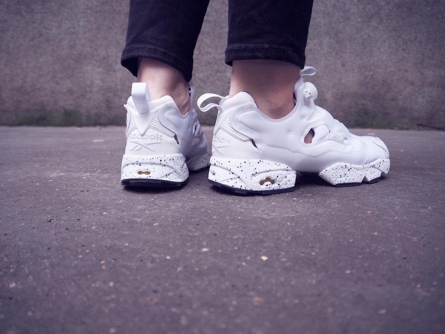 Assez Outfit : The Reebok x Sandro InstaPump Fury sneakers - Lazy Kat UZ45
