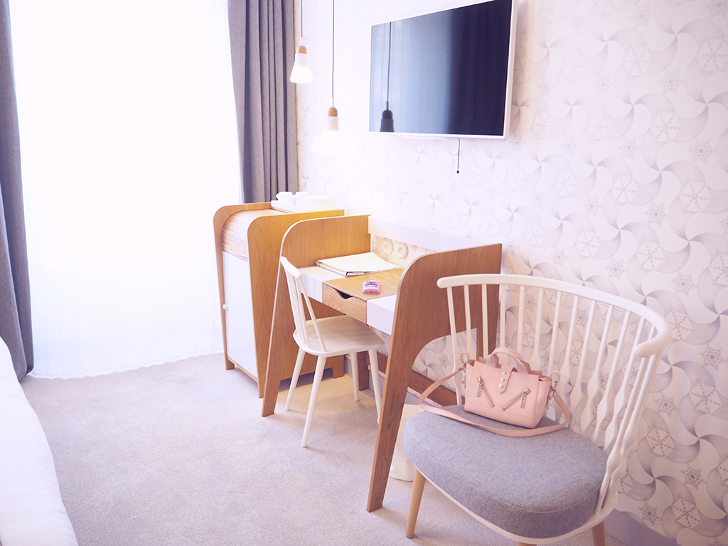 City guide : The Le Lapin Blanc hotel in Paris - Lazy Kat